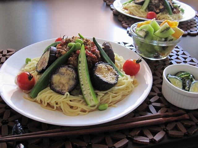 夏野菜たっぷり肉味噌冷やし坦々麺